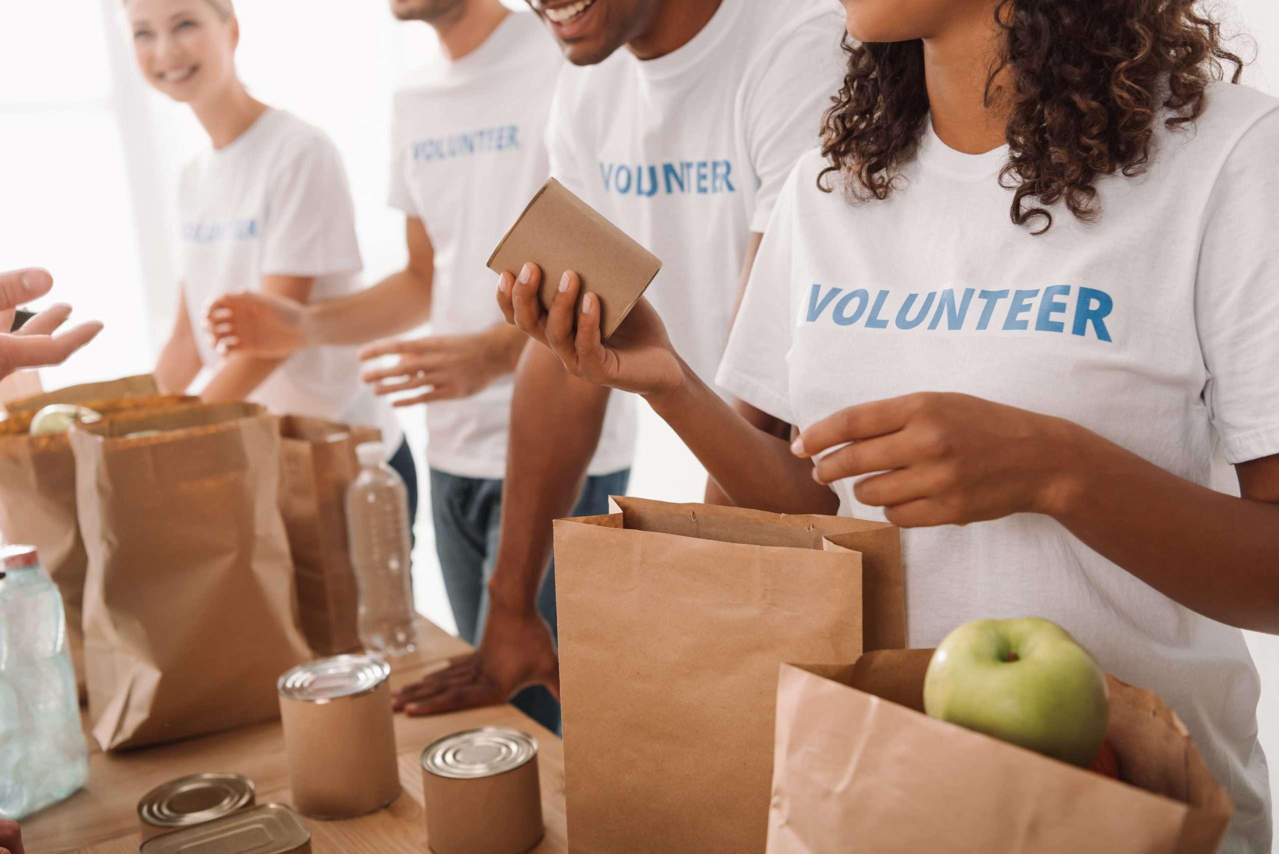 volunteers- ThnksGiveAway